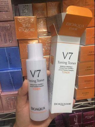 V7 保濕化妝水