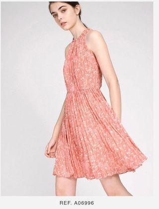 Printed Dress With Pleated Skirt (Saturday Club) 花花 掛頸 連身裙