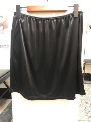 🚚 黑色內搭裙