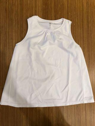 UNIQLO Dry Ex White Sleeveless Top size 150cm fitting 12 to 14 years old