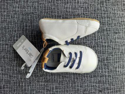 🚚 Carter's baby sneakers (white)