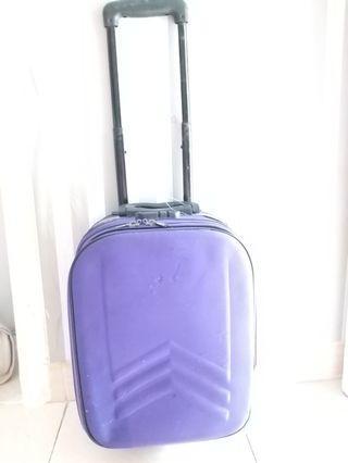 Koper polo warna ungu uk L 30cm panjang 40cm diameter 20cm