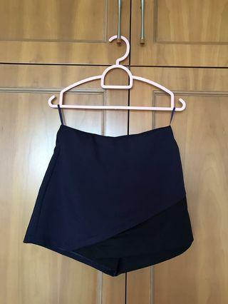 MDS skorts in Navy Blue