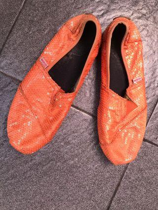 Wakai orange sequin shoes