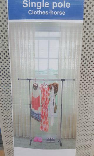 Single Pole Clothes Rack