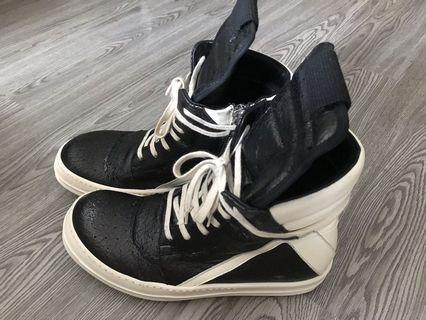 Rick Owens Geobasktet Cracked Leather