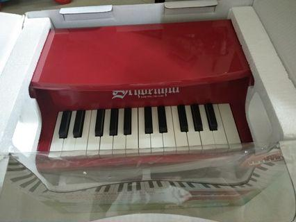 雪印贈品琴,德國牌子木製鋼琴