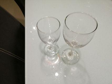 Set of 6 Good Quality Wine Glasses (3 Normal Size & 3 Small Size)