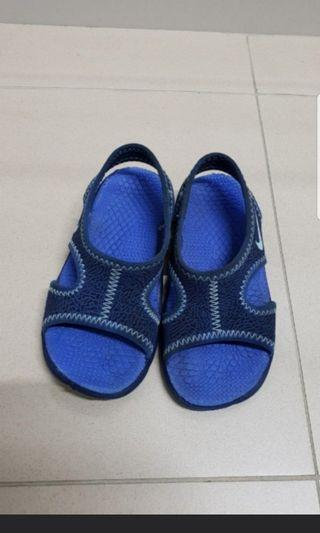 777f0cb93 nike sandals | Babies & Kids | Carousell Singapore