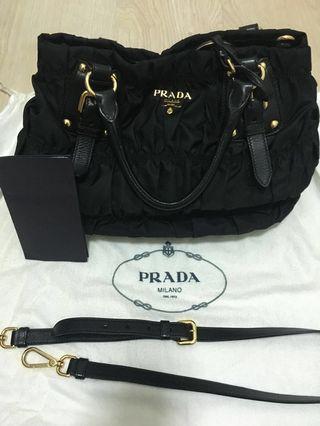8c77141d225312 prada tote bag black | Luxury | Carousell Singapore
