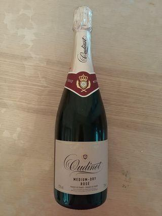 Champagne Oudinot Rose Medium Dry