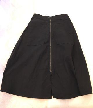 黑色中長裙