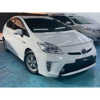 正2013年 日本原裝進口新款二代 Toyota Prius 1.8,現主時只需要39.8萬
