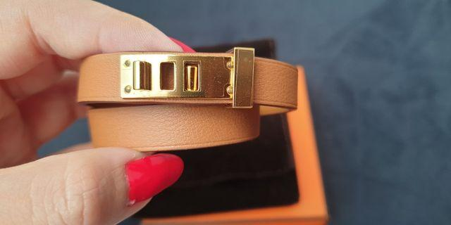 BNIB Hermes Mini Dog Double Tour bracelet (Gold with GHW)