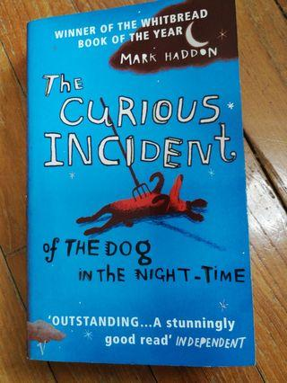 🚚 The Curious Incident of the Dog in the Night Time (Mark Haddon)
