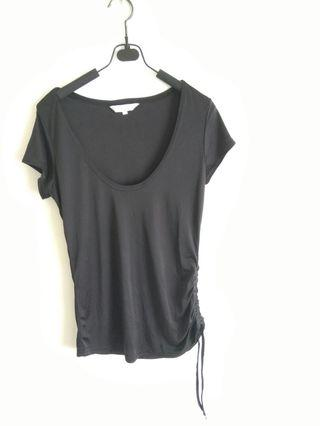 Sleek quality fashion T size S