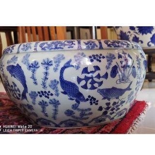 Antique China Vase. Wanli Ming era