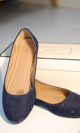 Sepatu Rubi Woman Blue Navy