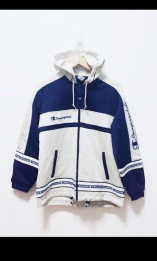 🚚 Selling Vintage Champion Jacket