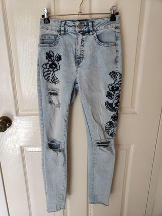 Decjuba skinny embroidered highwasted jeans