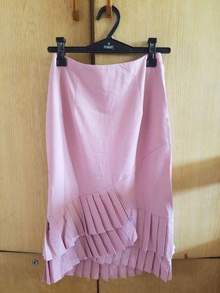 🚚 Love bonito pink skirt