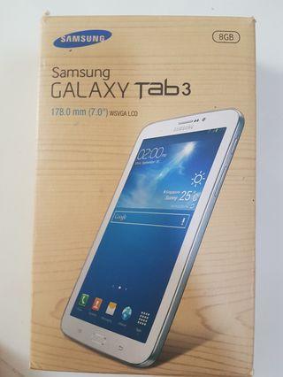 Samsung Galaxy Tab 3 7 inch 2SVGA LCD 8 gb white