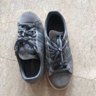 [PRELOVED] Adidas Shoes Grey