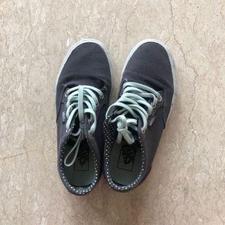 [PRELOVED] Vans Shoes