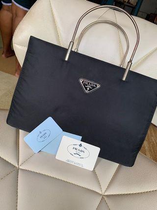🚚 Prada Handbag