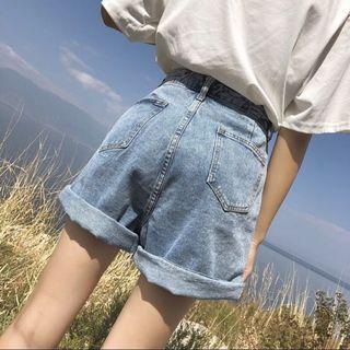 🚚 ✨新品現貨✨韓版修飾顯瘦高腰牛仔短褲