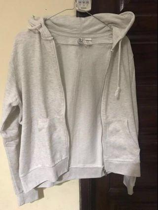 Divided Hooded Sweatshirt Jacket