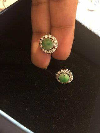 🚚 10k WG Myanmar JADE Diamond earring