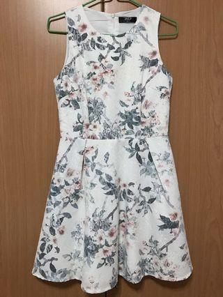 MGP white floral dress
