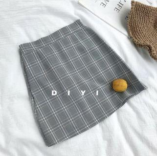 Plaid A-Line Skirt in Grey