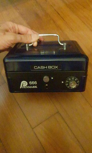 🚚 Penmark cash box model pm 666. Security. Deposit