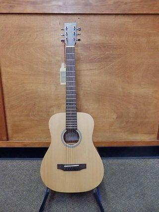 🚚 Sigma TM12E Travel Guitar