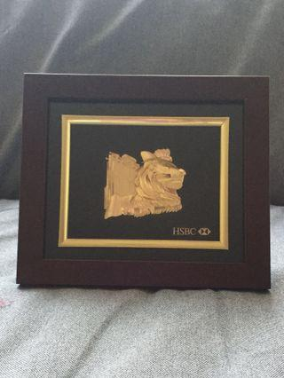HSBC 24K浮雕金獅子總行擺設