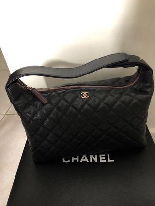 🚚 BNIB Chanel handheld bag