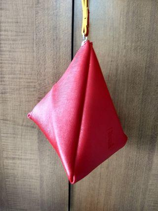 🚚 Red Pyramid Pouch