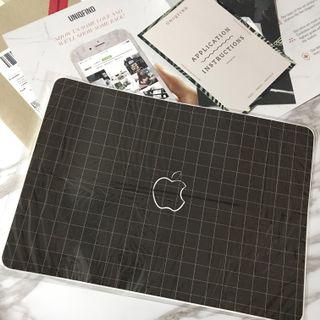 UNIQFIND Grid Line laptop skin for MacBook Air