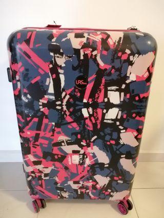 🚚 U.R.S. Luggage 28 inch