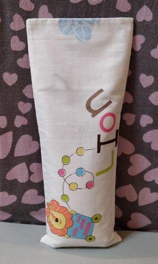 🌸Happy Lion Design Beanspout Husk Pillow