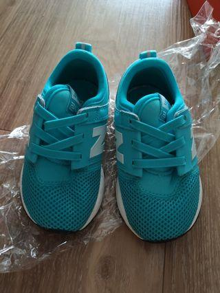 New balance shoes for boy