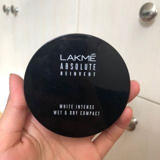 Lakme Absolute Reinvent • Shade no 06