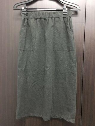 🚚 深灰色後開後開岔裙
