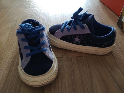 Converse sneaker for boy or girl