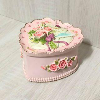 唯美浮雕收納盒陶瓷花精美裝飾品小物收納盒子