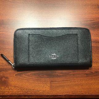 🚚 Coach Long Wallet