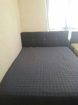 Bedroom set with mattress