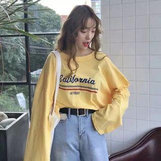 🚚 黃色運動風字幕寬袖上衣 萊卡 #半價衣服拍賣會